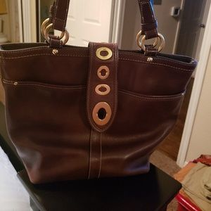 CHOCOLATE BROWN LEATHER CPACH PURSE